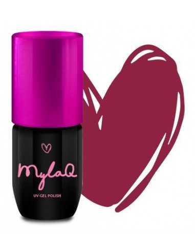 Makeup Revolution Iconic Matte Nude Inspiration szminka