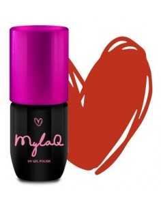 Makeup Revolution Iconic Matte Nude Lust szminka